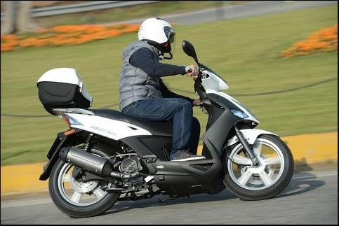 azmotors boutique en ligne quads motos scooters pieces kymco kymco 50 2t. Black Bedroom Furniture Sets. Home Design Ideas