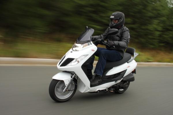 azmotors boutique en ligne quads motos scooters pieces kymco scooter 50cc 4t. Black Bedroom Furniture Sets. Home Design Ideas